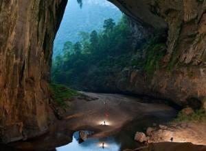 La plus grande grotte du monde au Vietnam