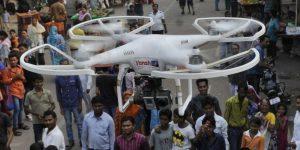 Drone au poivre pour les manifestants